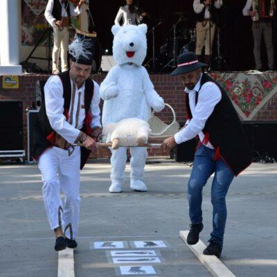 Konkurencja Zwinny Góral, na zdjęciu przedstawiciele sołectwa Grodowiec