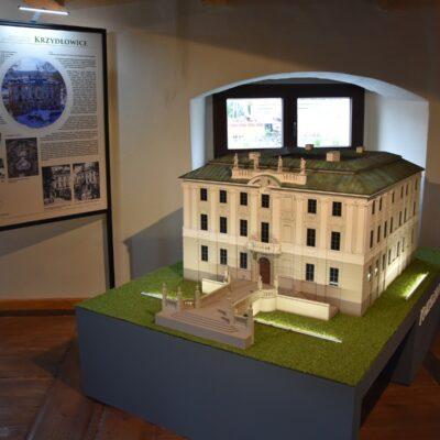 Miniatura pałacu z Krzydłowic