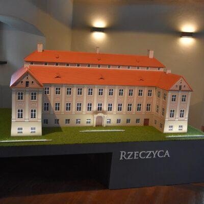 Miniatura pałacu z Rzeczycy