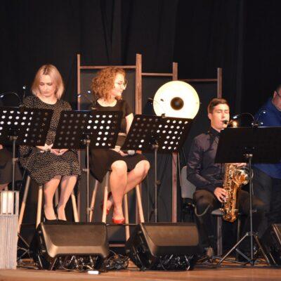 4. Magdalena Radajewska, Magdalena Przybylska, Renata Chrzan, Adam Szewców, Adam Wolny
